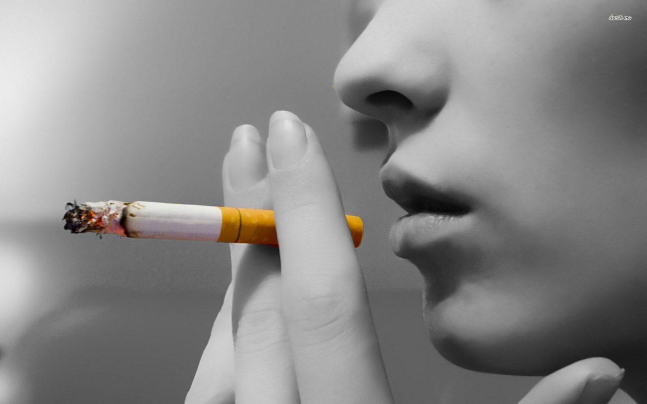 ΠΑΣΚΕΔΙ κατά του Υπουργού Υγείας για τον αντικαπνιστικό νόμο