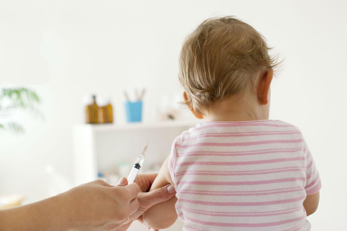 Η θέση του ΠΦΣ για την υποχρεωτικότητα των εμβολιασμών πριν την εγγραφή στο σχολείο