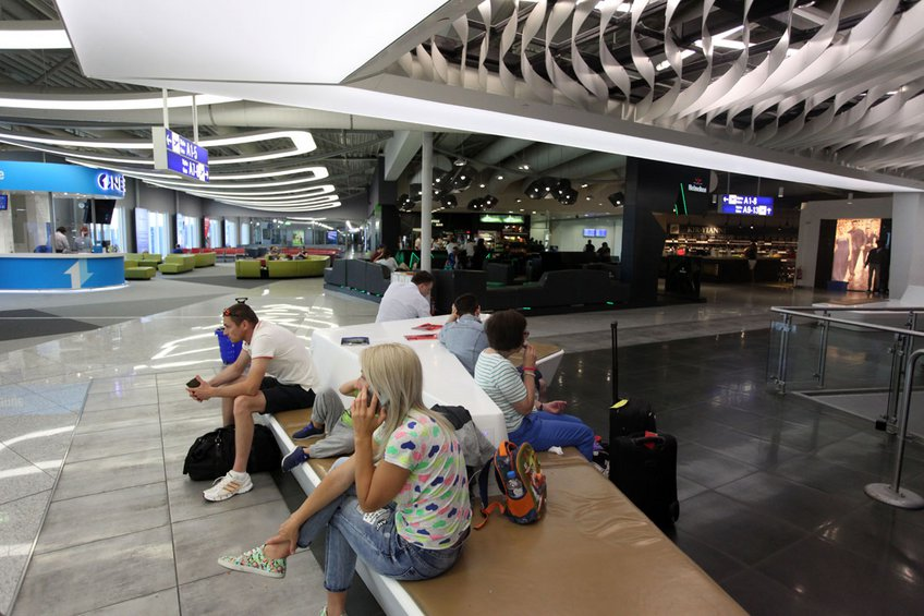 Αυξάνονται οι εμπορικοί χώροι και τα καταστήματα εστίασης στα αεροδρόμια της Fraport