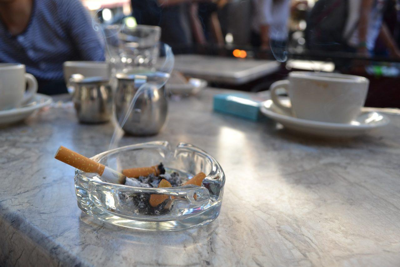 Τέλος Καπνιζόντων για καζίνο, κέντρα διασκέδασης, ΚΥΕ