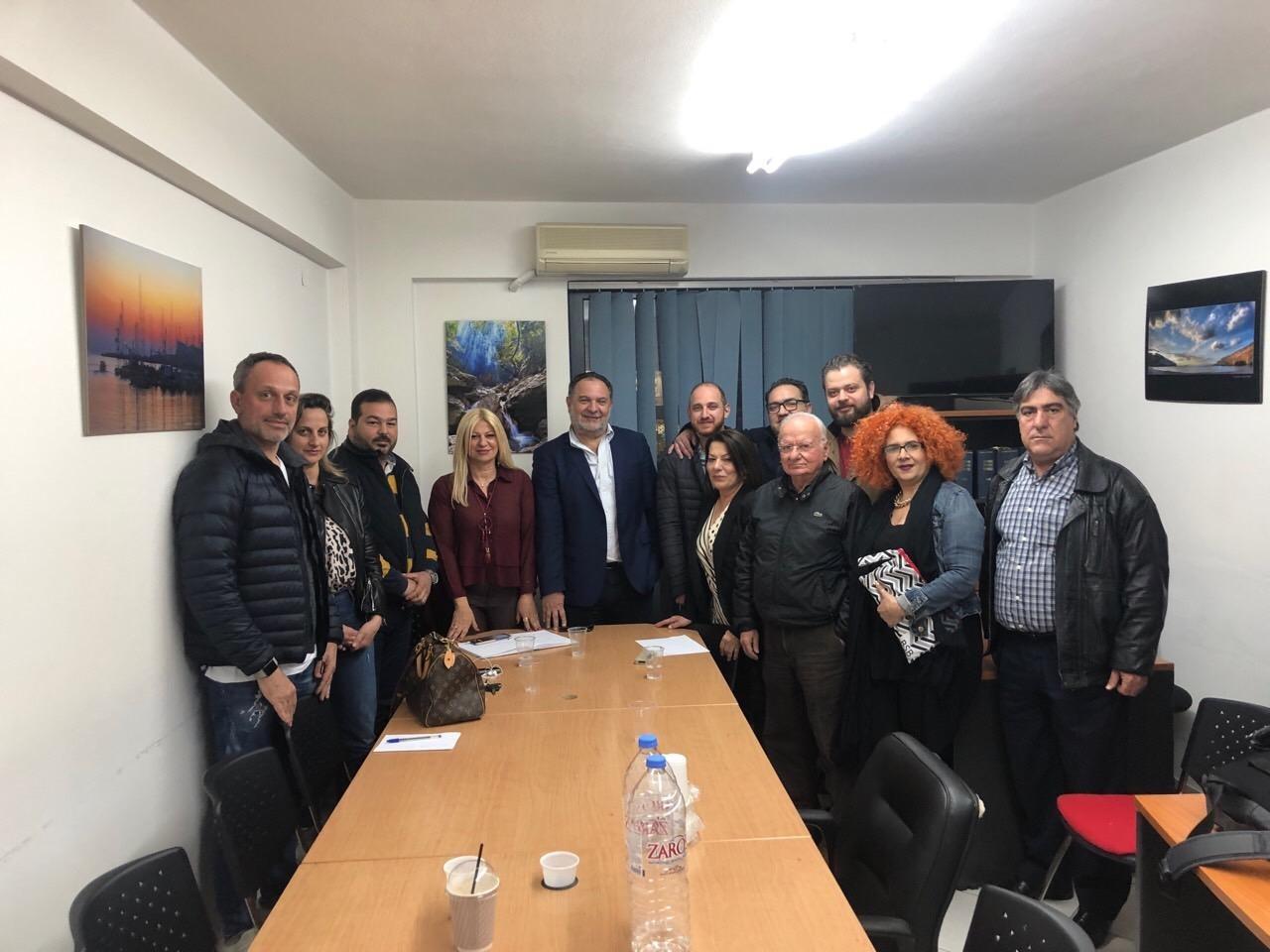 Οι επαγγελματίες επισιτισμού του Νομού Ηρακλείου συναντήθηκαν με τον Γιάννη Κουράκη