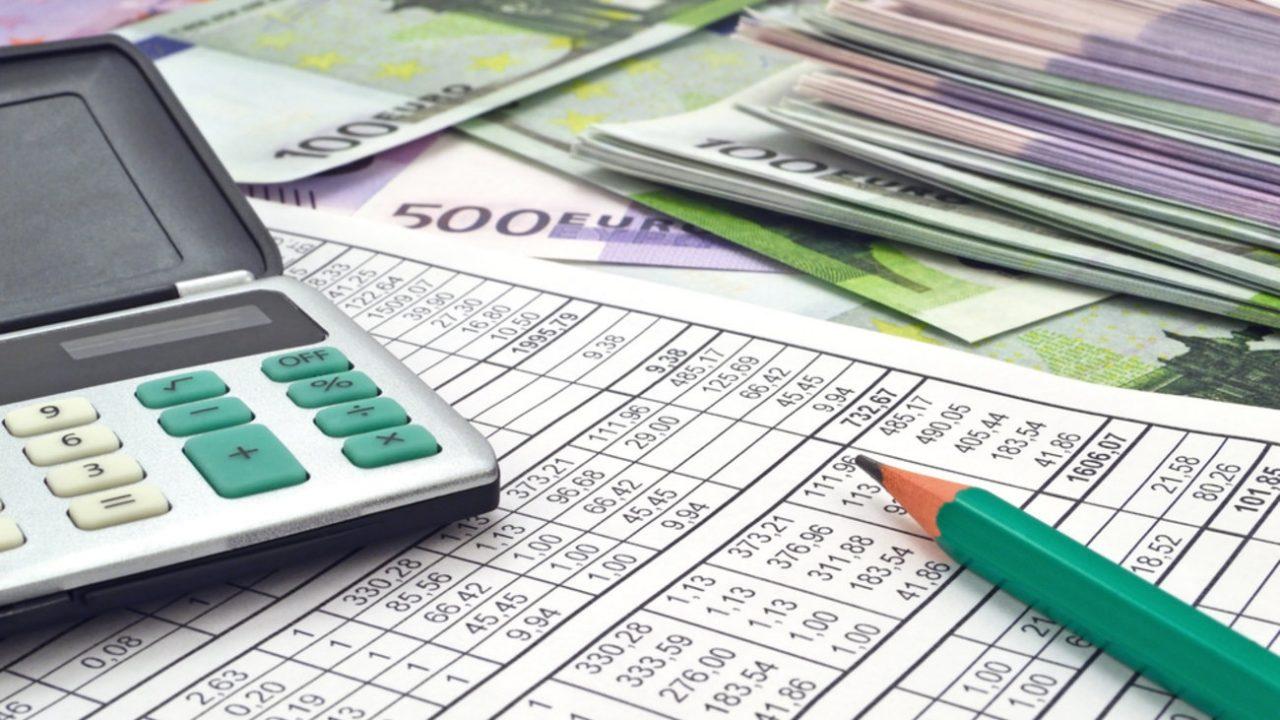 Πόσα πρέπει να πληρώσουν οι επαγγελματίες – Μπάχαλο με τις καθυστερήσεις του ΕΦΚΑ