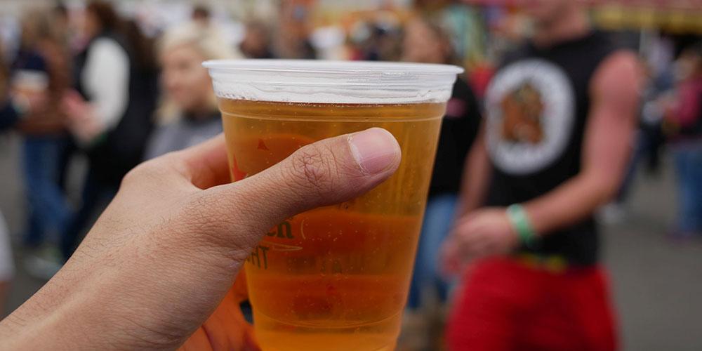 Φεστιβάλ μπίρας στον προαύλιο χώρο της ΔΕΘ στη Θεσσαλονίκη