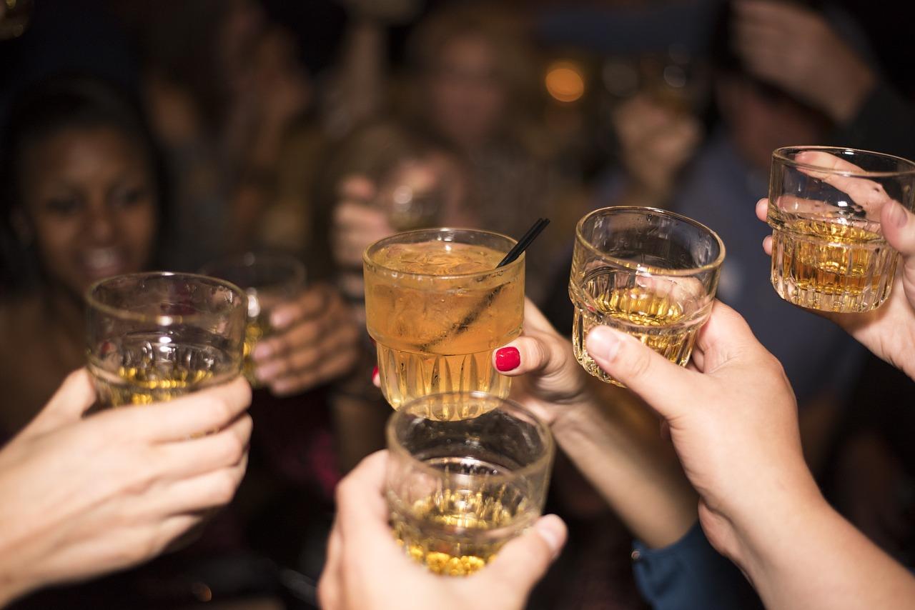 Αγρίνιο: στο νοσοκομείο 16χρονη που κατανάλωσε μεγάλη ποσότητα αλκοόλ