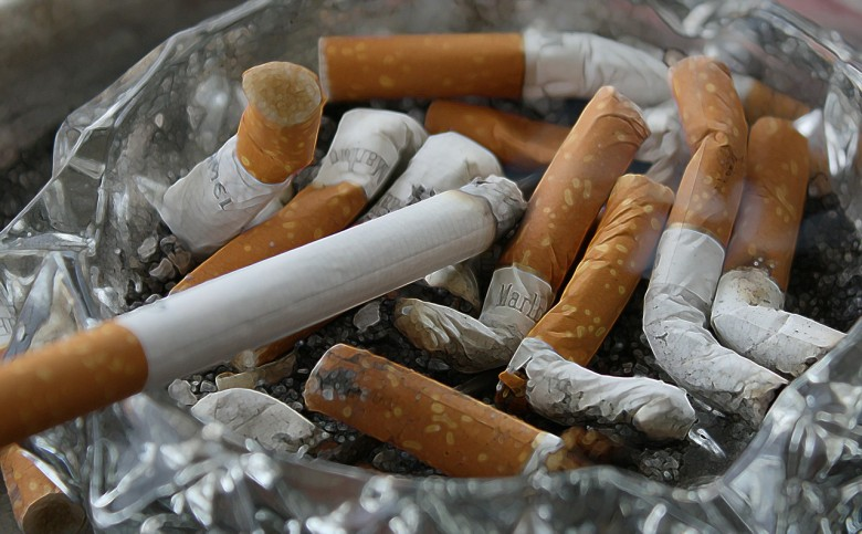 Στη Βουλή ο αντικαπνιστικός νόμος – Οριστικό τέλος από τα καταστήματα Εστίασης