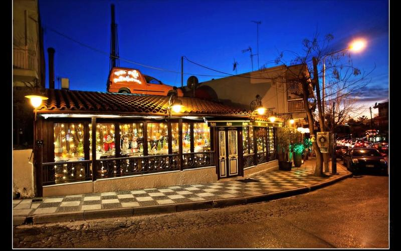 Υπερσύγχρονος απινιδωτής σε εστιατόριο στη Θεσσαλονίκη