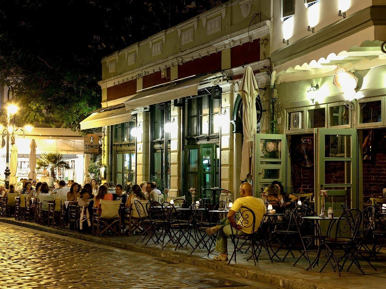 Αντικαπνιστικός: Πρόστιμο 2.000 ευρώ για κάπνισμα σε μαγαζί στα Λαδάδικα στη Θεσσαλονίκη