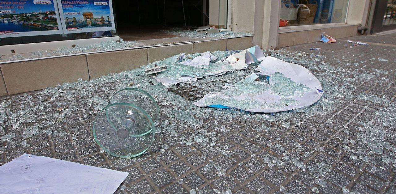 Χαλάνδρι: Διαρρήκτες «σήκωσαν» χρηματοκιβώτιο από ζαχαροπλαστείο