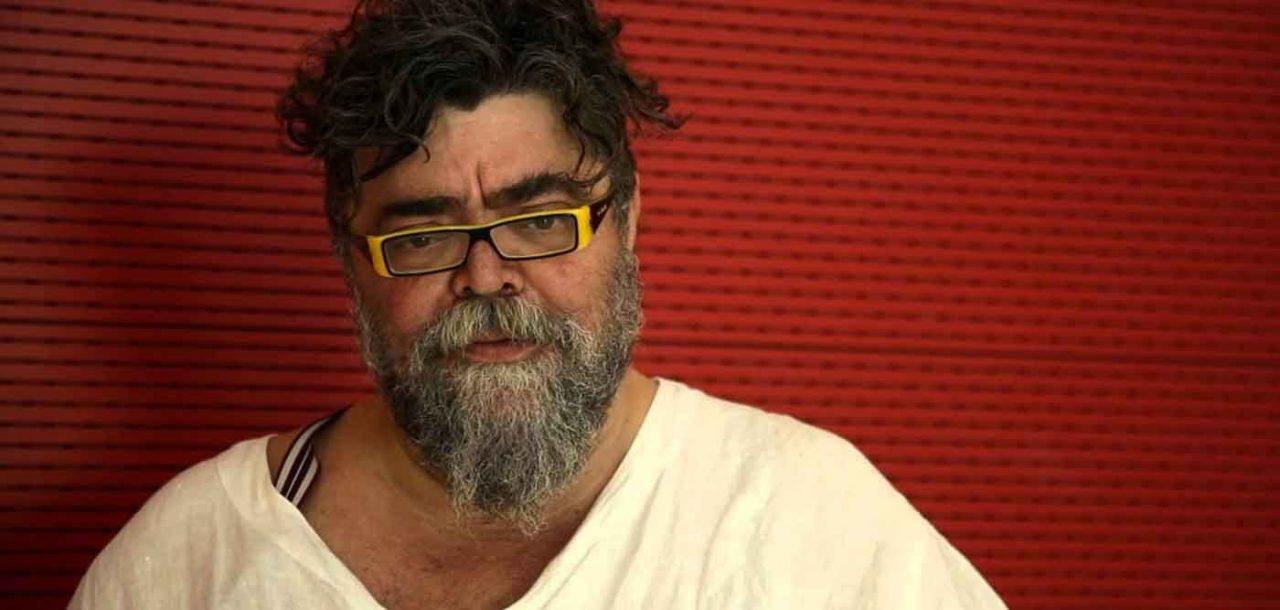 Πνευματικά δικαιώματα: Η αλαζονεία του Σταμάτη Κραουνάκη και ο στυγνός εκβιασμός στην Εστίαση