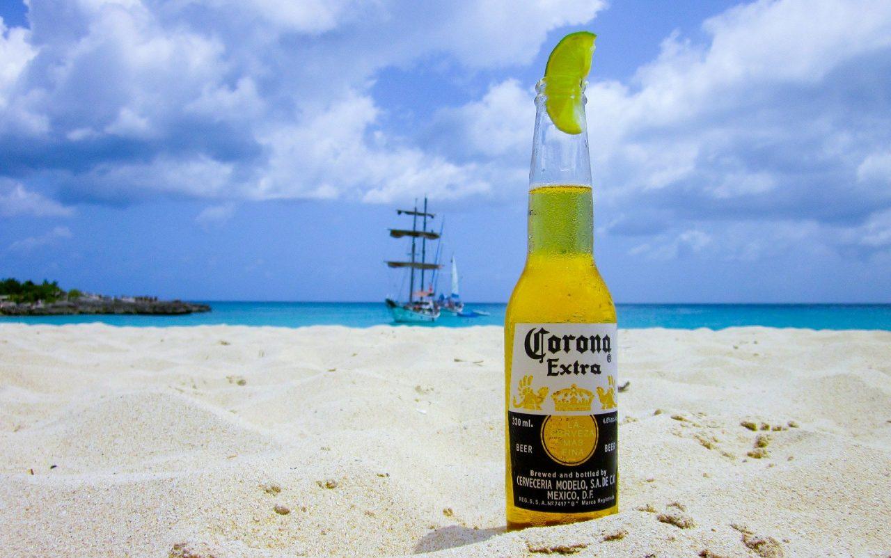 Οι Αμερικανοί αποφεύγουν την μπίρα Corona λόγω κοροναϊού