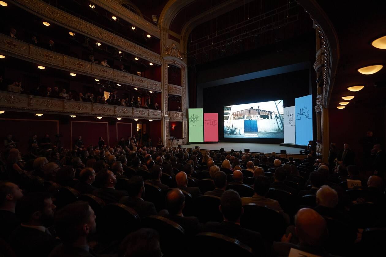 Κορωνοϊός: Επίδομα 800 ευρώ σε καλλιτέχνες και ανθρώπους του πολιτισμού