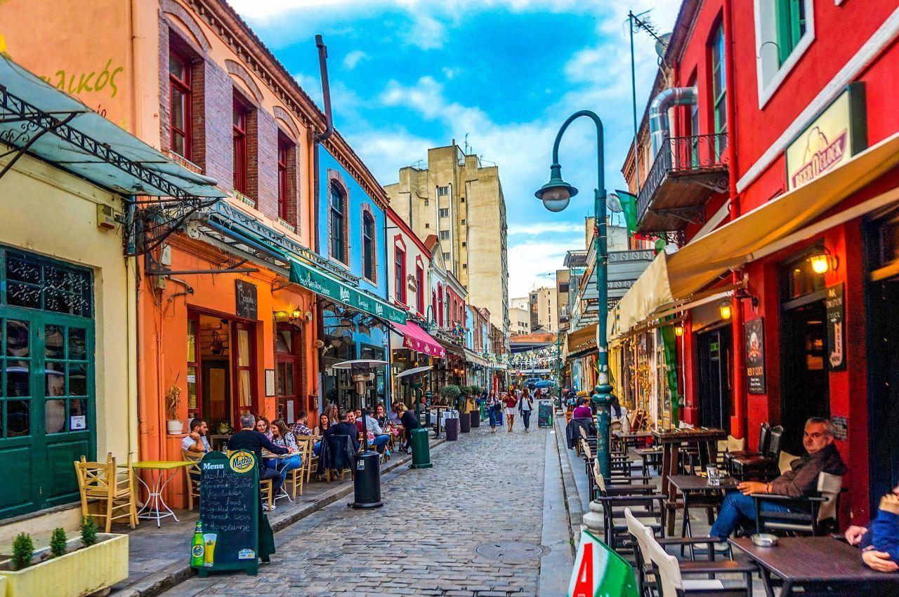 Θεσσαλονίκη: Μπήκαν τα πρώτα λουκέτα στα Λαδάδικα - Στήριξη από κυβέρνηση και δήμο ζητούν οι επαγγελματίες