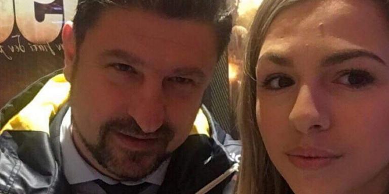 Η Ιωάννα Χαρδαλιά προμοτάρει πάρτι τη στιγμή που ο πατέρας της τρέχει και δε φτάνει με τα νέα κρούσματα