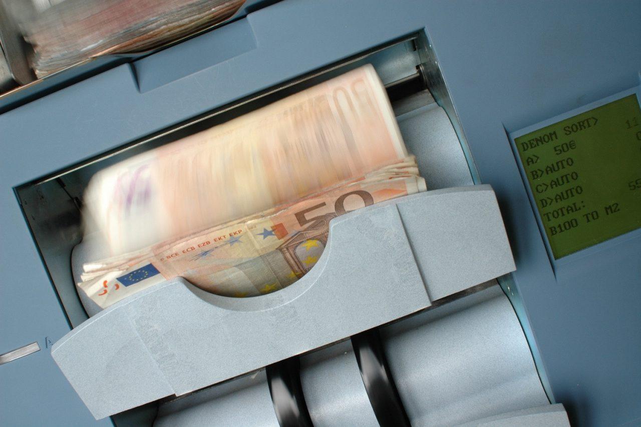 Ρυθμίσεις «ανάσα» τριών ταχυτήτων για χρέη στην Εφορία