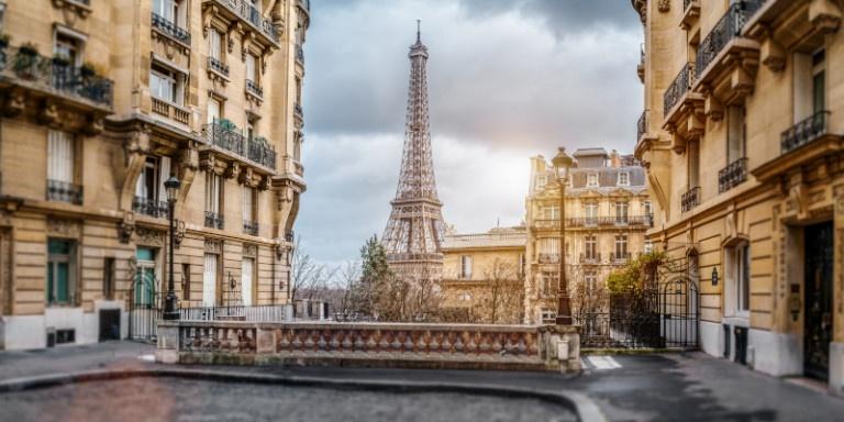 parisi-lockdown-pyrgos-aifel.jpg