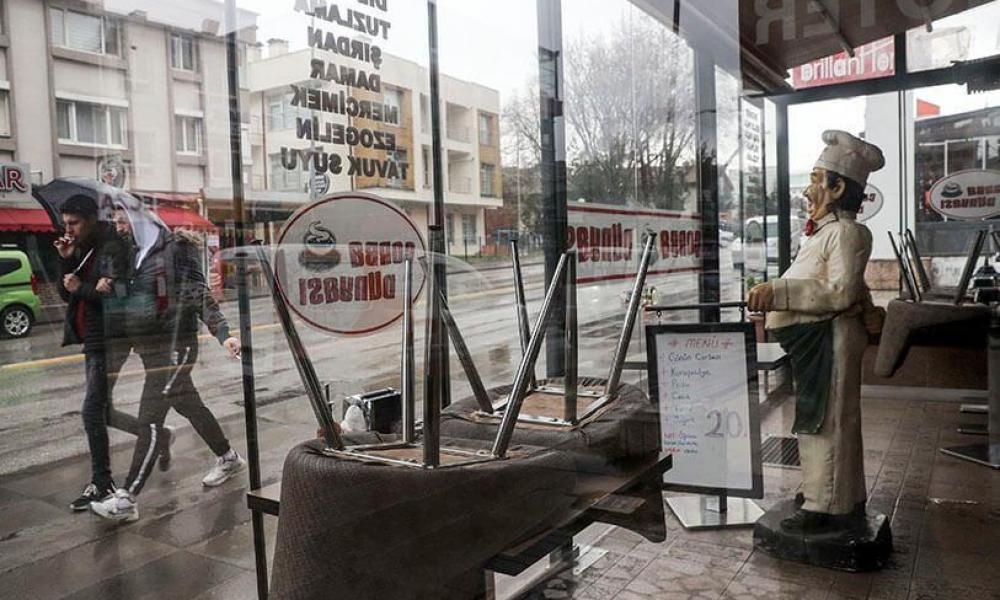 Atalayar_Tiendas cerradas Ankara