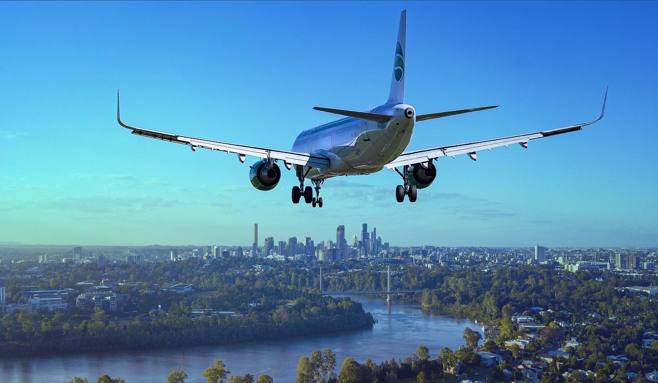 airplane-3702676_1280.jpg